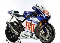 new yamaha livery...-n507213_lorenzo_bike_original.jpg