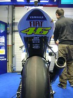 Ride On Rossi Ride On-valentino_rossi_fiat_yamaha_team.jpg